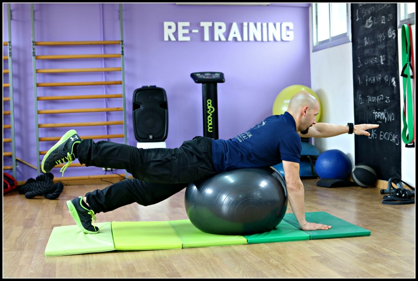 Alt_entreno del entrenador personal Rubén Encina en Re-Training