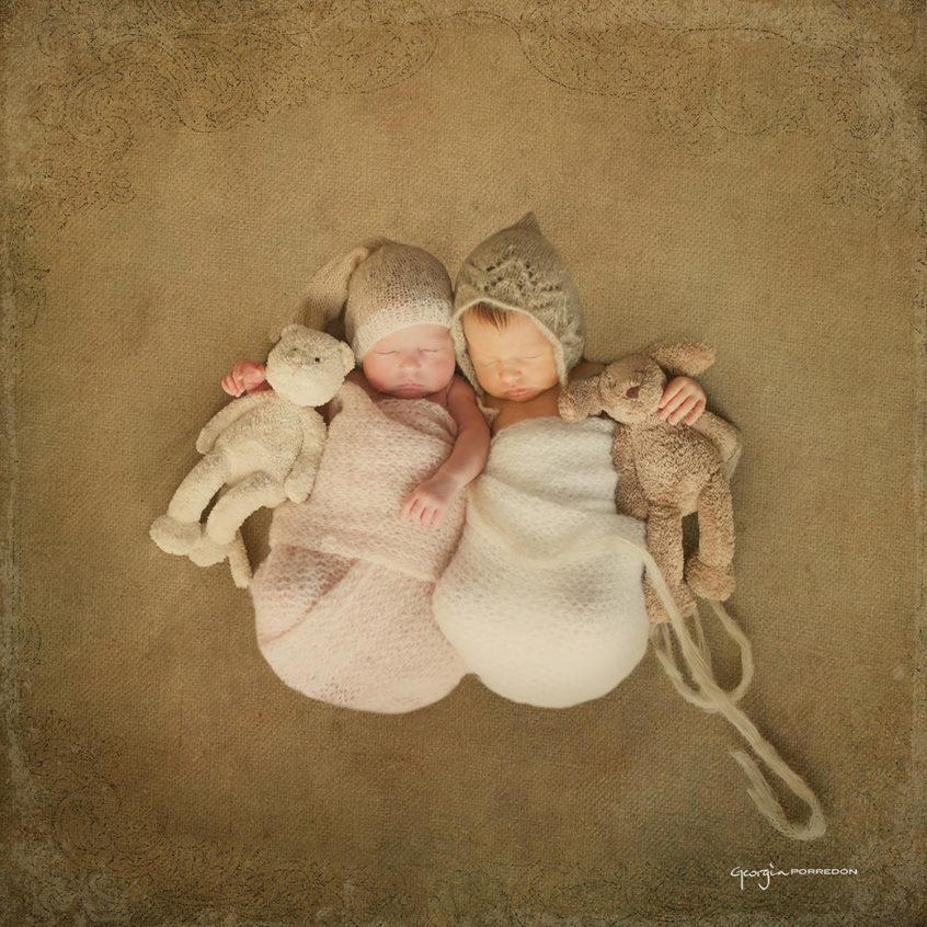 Alt_fotografía gemelos recién nacidos by Georgia Porredón