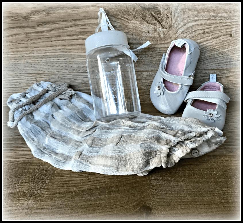 Alt_objetos bebé primeros meses maternidad